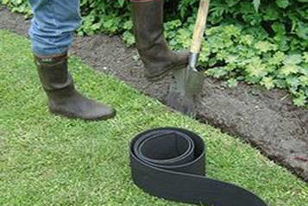 green mongrel garden edging - Plastic Garden Edging